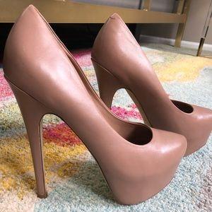 Steve Madden nude platform heels